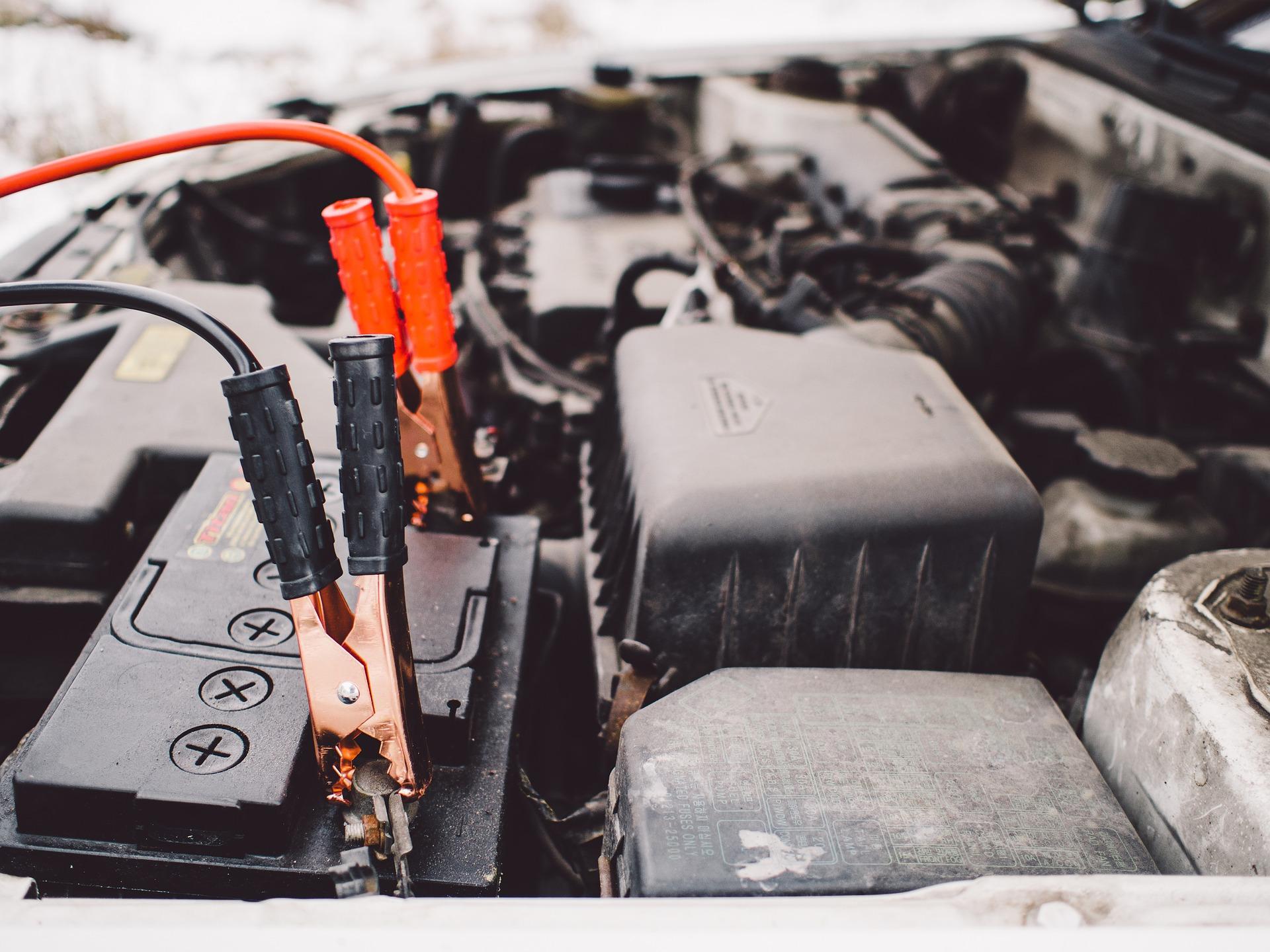 Como escolher o melhor carregador de bateria de carro