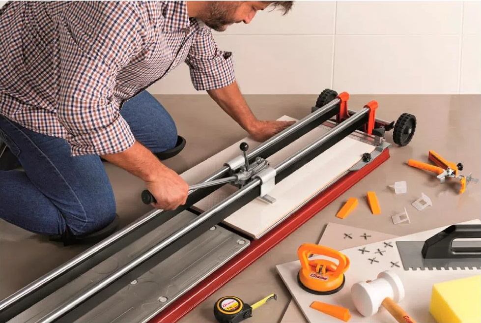 Qual a melhor máquina de cortar piso?