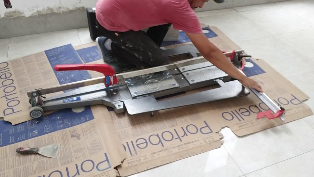 Para que serve uma máquina de cortar piso?